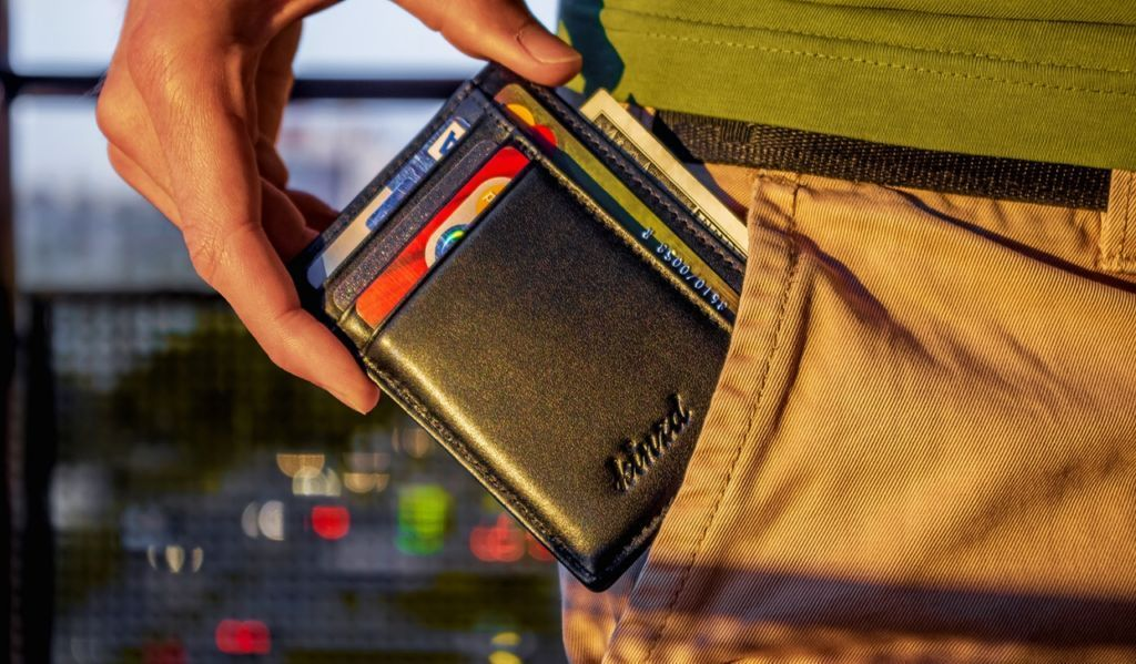 3 best benefits of owning a slim wallet slim wallet
