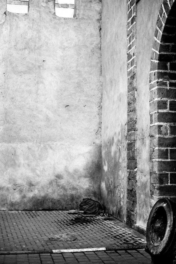 #streetphoto #documentaryphotography #documentaryphoto #photojournalism #photojournalist #humanisticphotography #oldschoolphotography #streetphotography #bnw #bw #photojournalism #photojournalist #travelphoto #streetphotographer #documentaryphotographer