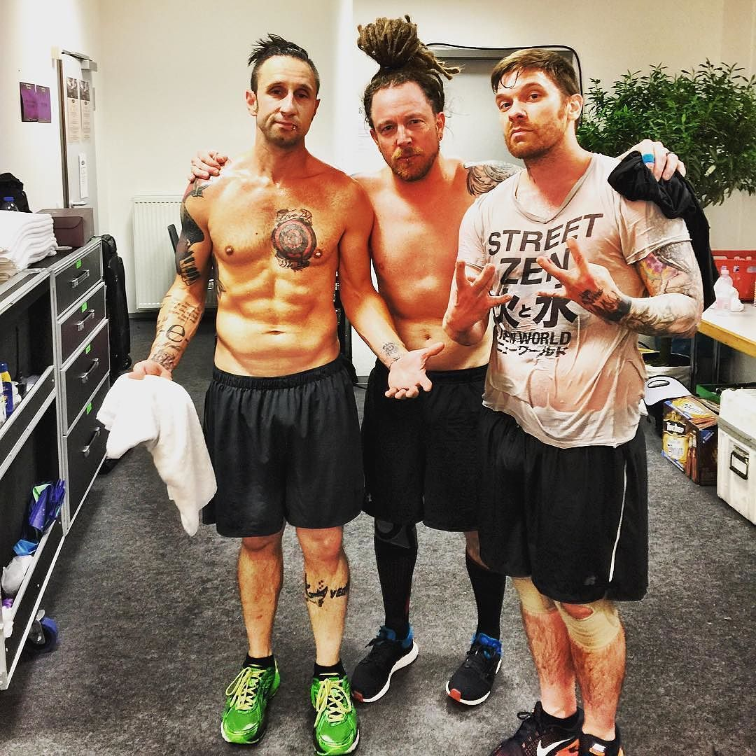 Workout Bands Music: #Repost @Shinedown: WORKOUT... DONE... GERMANY