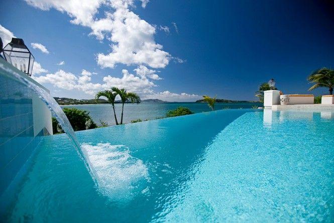 Pool waterfall in luxury 5 star villa serene caribbean fotografije pinterest pool waterfall villas and architecture interiors