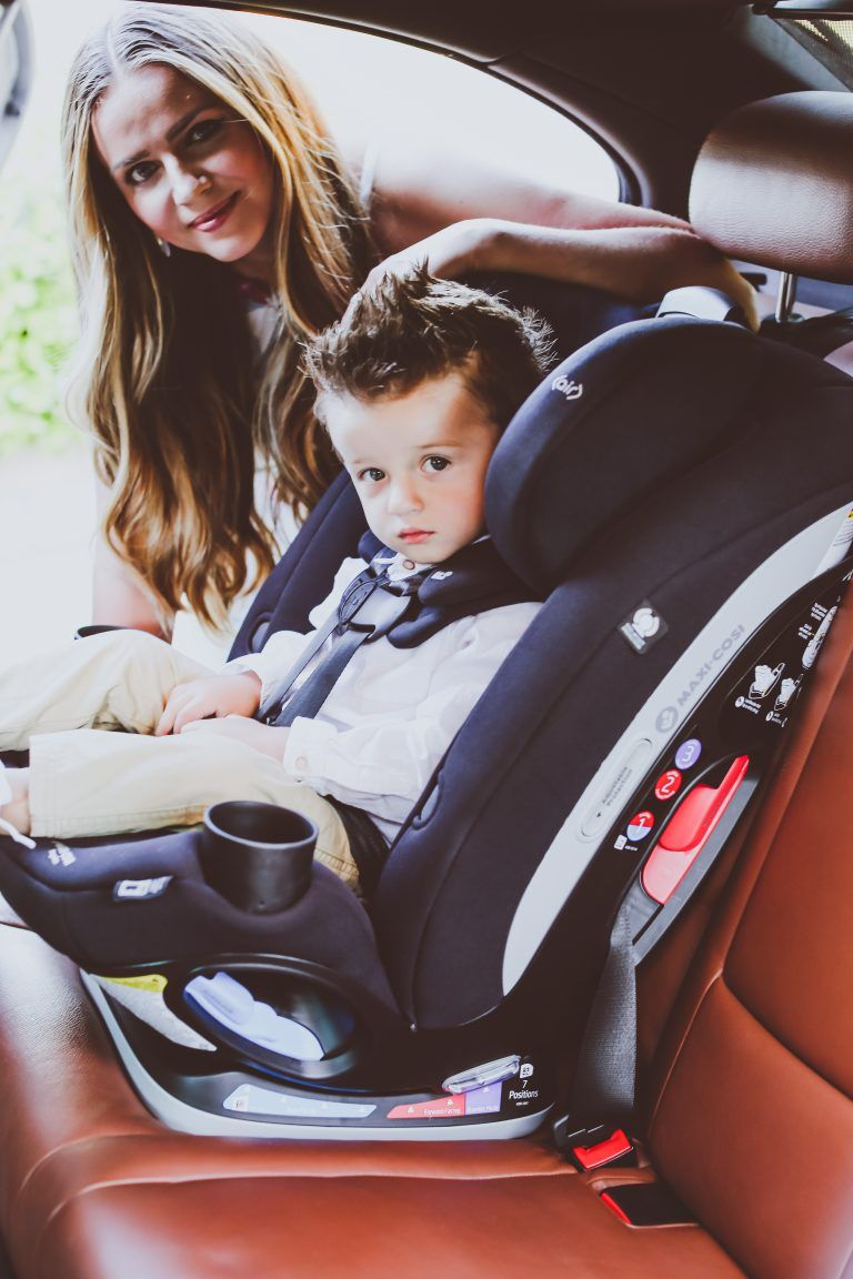 MaxiCosi Magellan 5in1 Convertible Car Seat Review