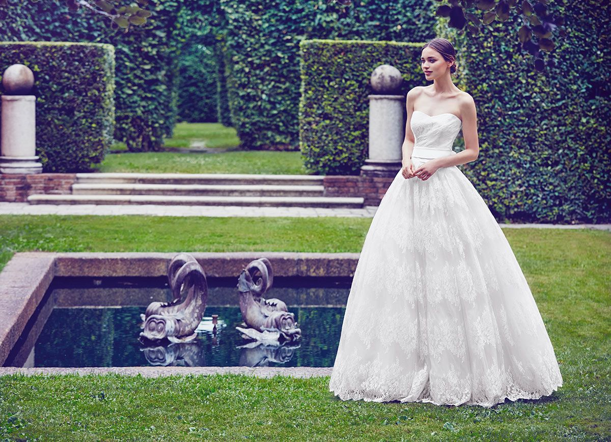 free wedding dresses Shoulder Free wedding dress with full skirt by Giuseppe Papini