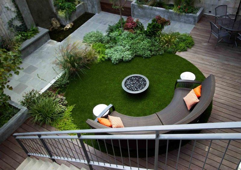 sitzecke-im-garten-moderne-gartenbank-kunstrasen-terrasse, Gartenarbeit ideen