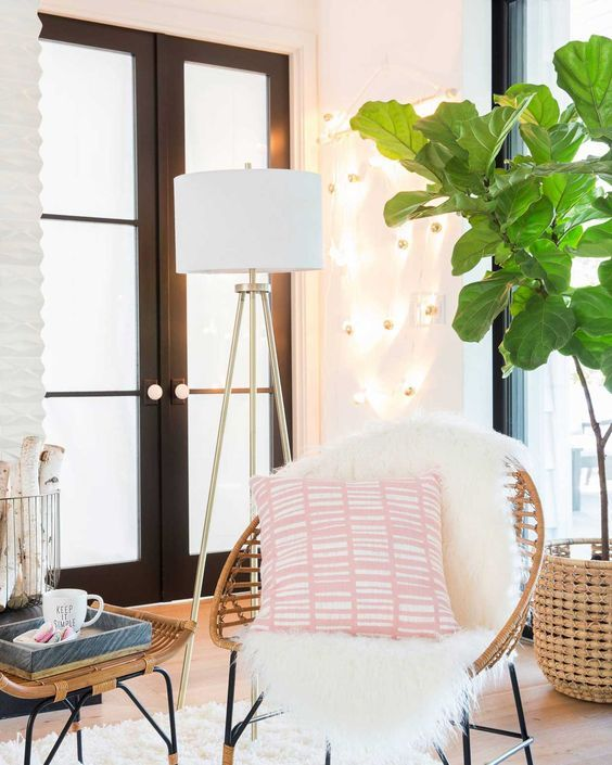 Cathyu0027s All About Saving Money, So When It Comes To Styling Her Atlanta  Apartment, Cathy Loves Target Home Decor For Decorating On A Budget * For  More ...