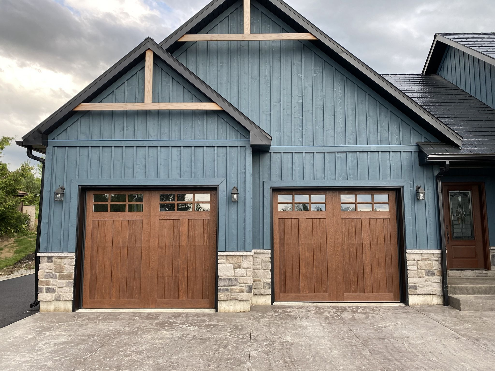 Rustic Faux Wood Garage Doors In 2020 Faux Wood Garage Door Wood Garage Doors Garage Door Design