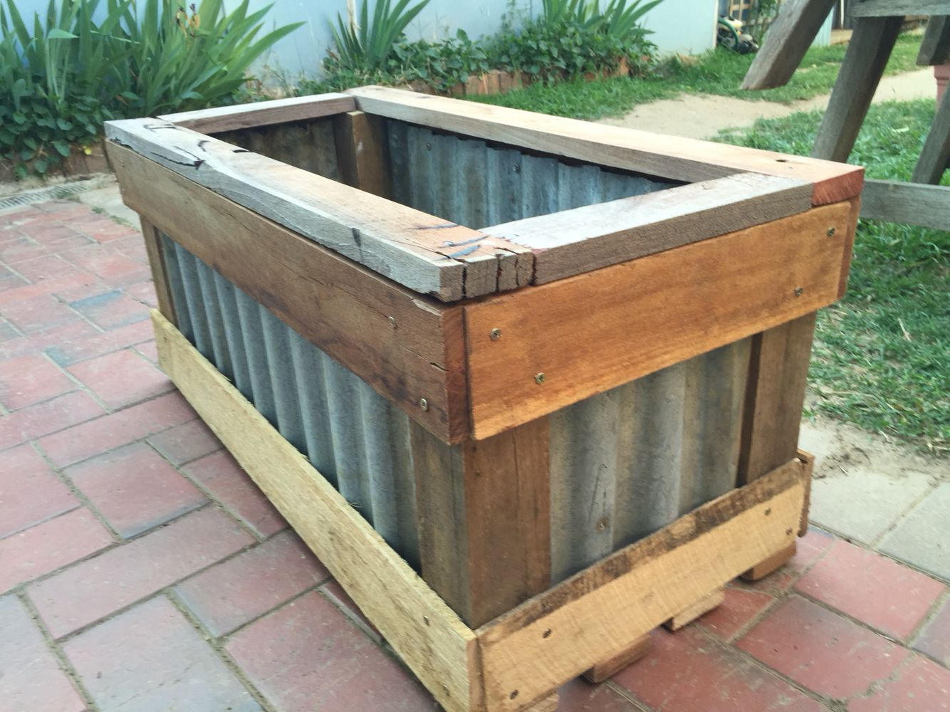 Planter Box Made With Recycled Hardwood And Corrugated Iron Planter Boxes Raised Garden Beds Diy Raised Wooden Planters