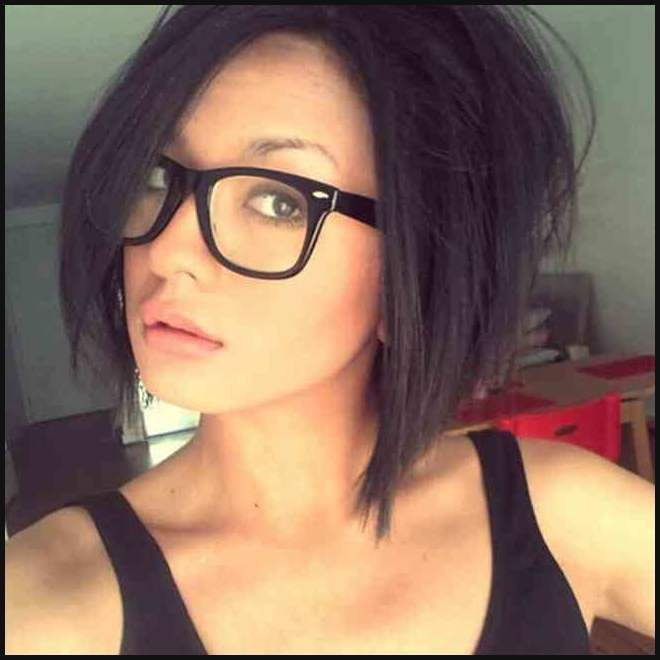 Bob Frisuren Fur Brillentrager Kurzhaarfrisuren Bilder Galerie Einfache Frisuren Medium Hair Styles Short Hair Styles Womens Hairstyles