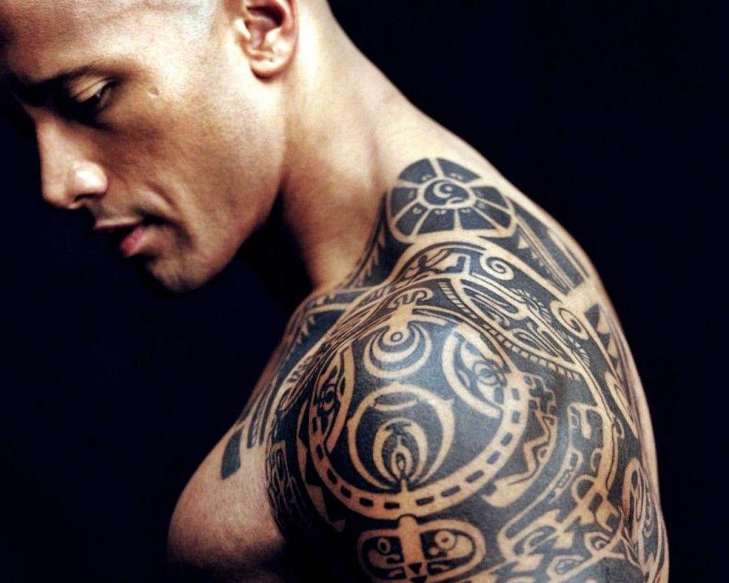 Dwayne Johnson Shirtless Glooce Com Tatuaggio Rock Tatuaggi Tribali Uomo Dwayne Johnson