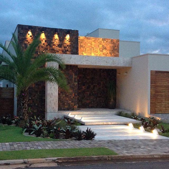 Pared De Piedra Fachadas De Casas Modernas Disenos De Casas Fachada De Casa