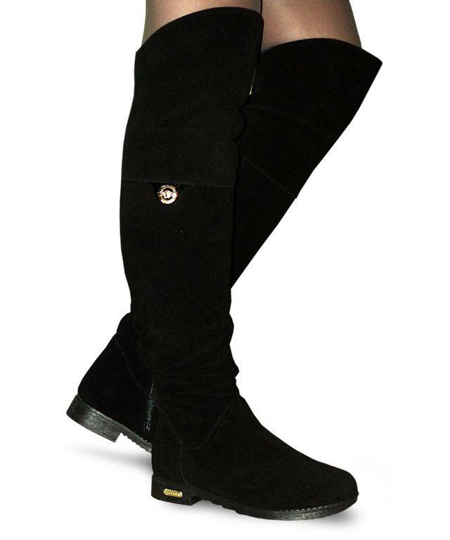 1105809b711e Замшевые женские зимние ботфорты, декорированы брошкой | Обувь ...