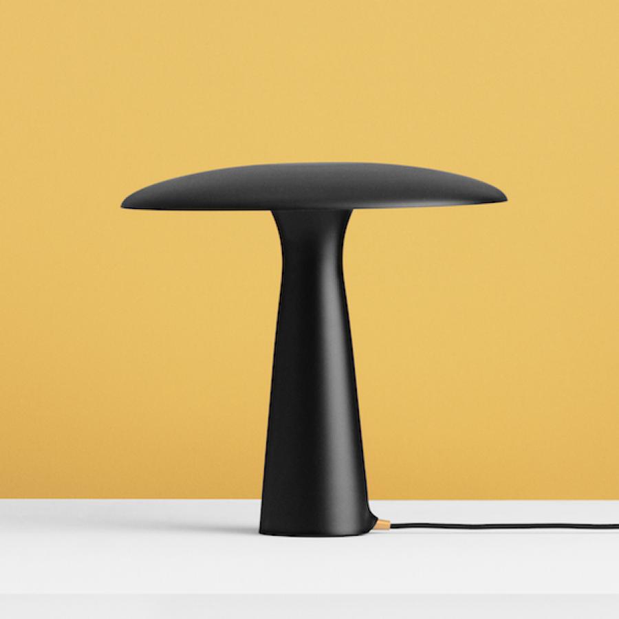 Visuel Lampe De Table Shelter Design Contemporain Lampes De Table Design