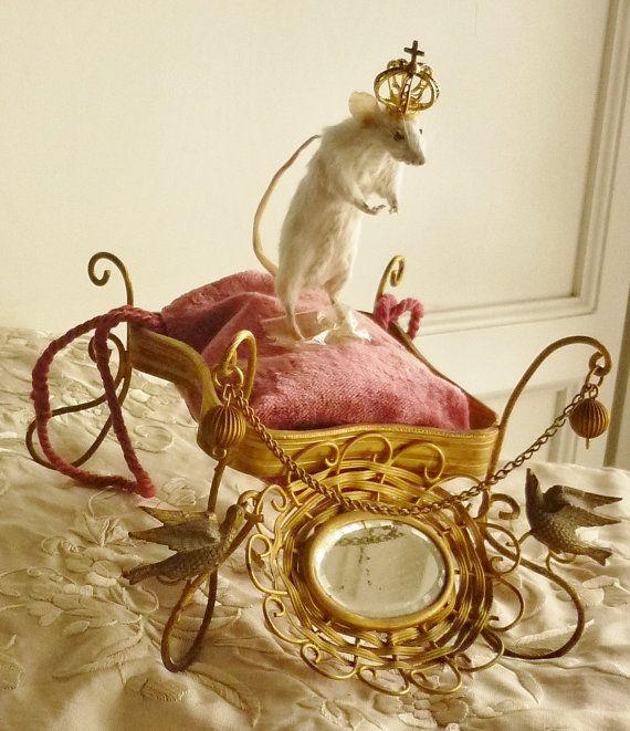 Fabuleux Français Antique présentoir avec par livinglikeagypsy