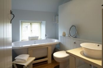 ROSE WALK COTTAGES - WHERE COTSWOLD CHIC MEETS CONTEMPORARY STYLE