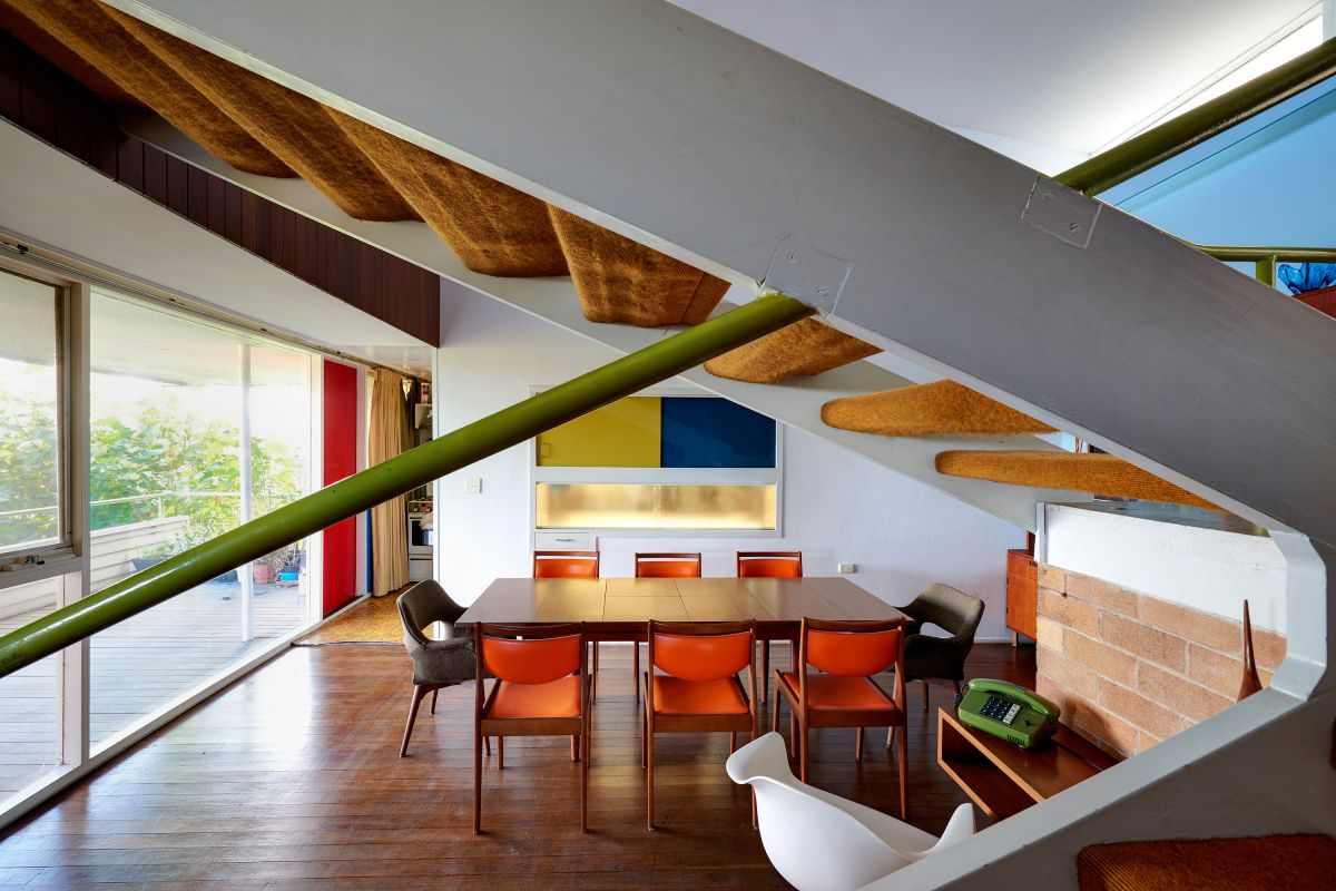 Modern House   Thurlow House by Harry Seidler Architect (detalhe corrimão)