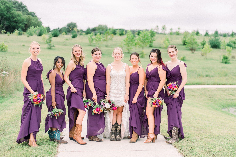 Gigiboucher Com Country Wedding Dresses Bridesmaid Bridesmaid Poses Country Wedding Bridesmaids [ 2003 x 3000 Pixel ]
