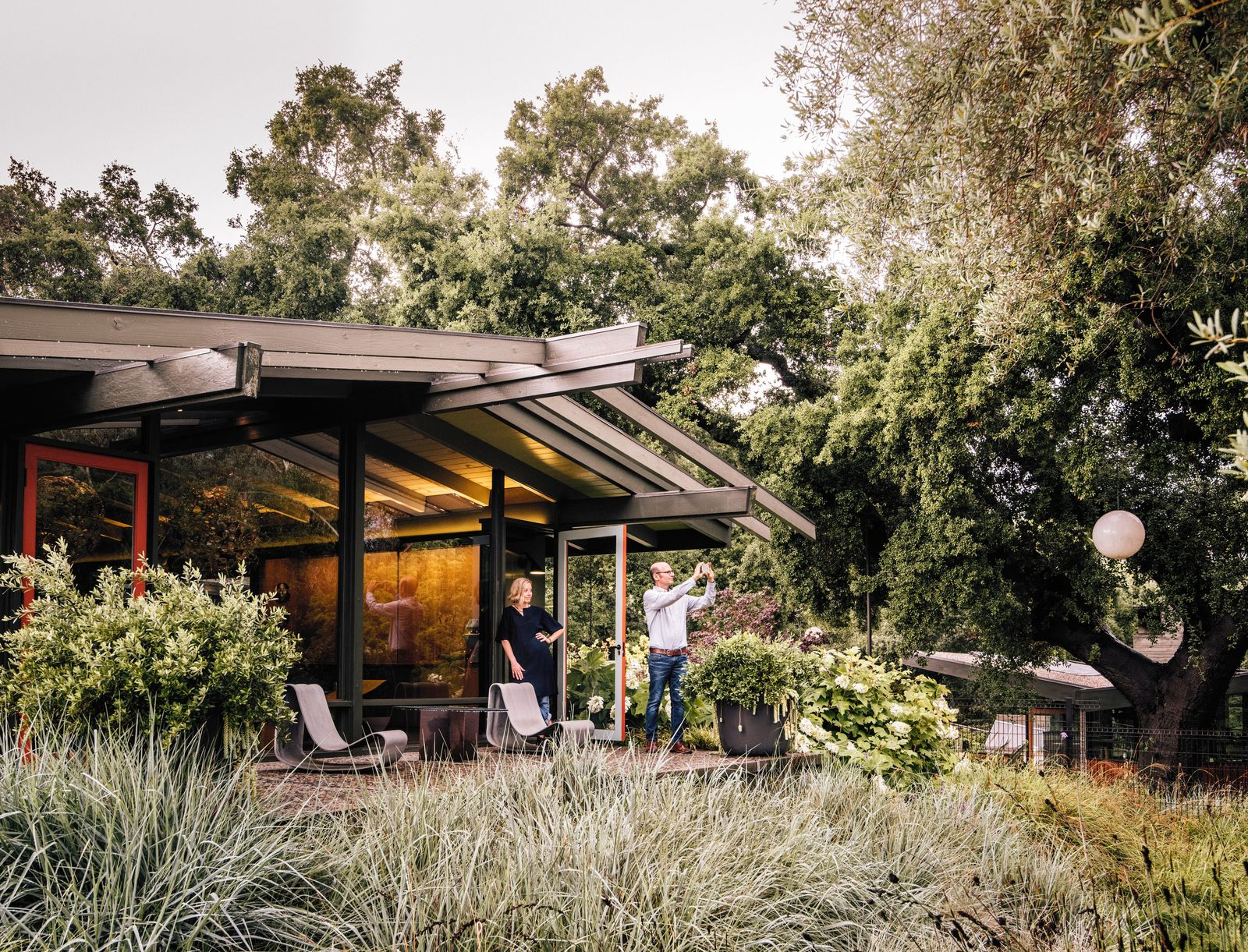 Creative revival of a modernist gem grasses architecture and