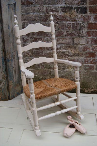 Alter Schaukelstuhl alter schaukelstuhl für kinder // vintage rocking chair for children