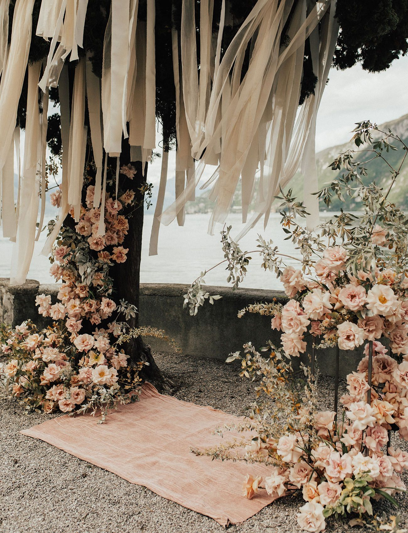 Glam Florals in Peach and Pink for this Romantic Lake Como Wedding | Green Wedding Shoes