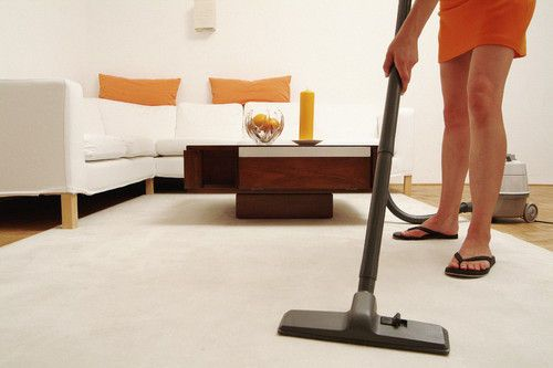 how to clean your home quickly before guests come over (photos