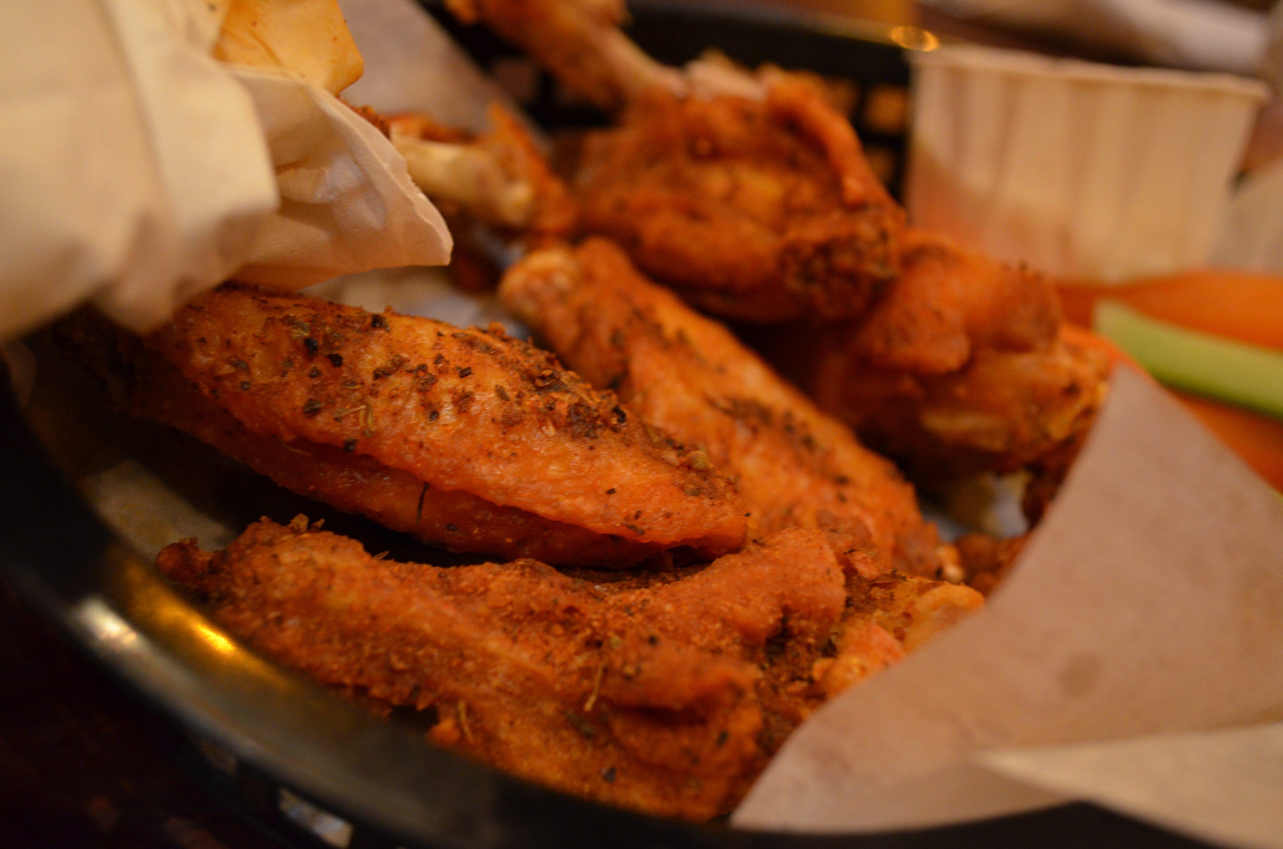 how long to cook frozen boneless chicken wings in air fryer
