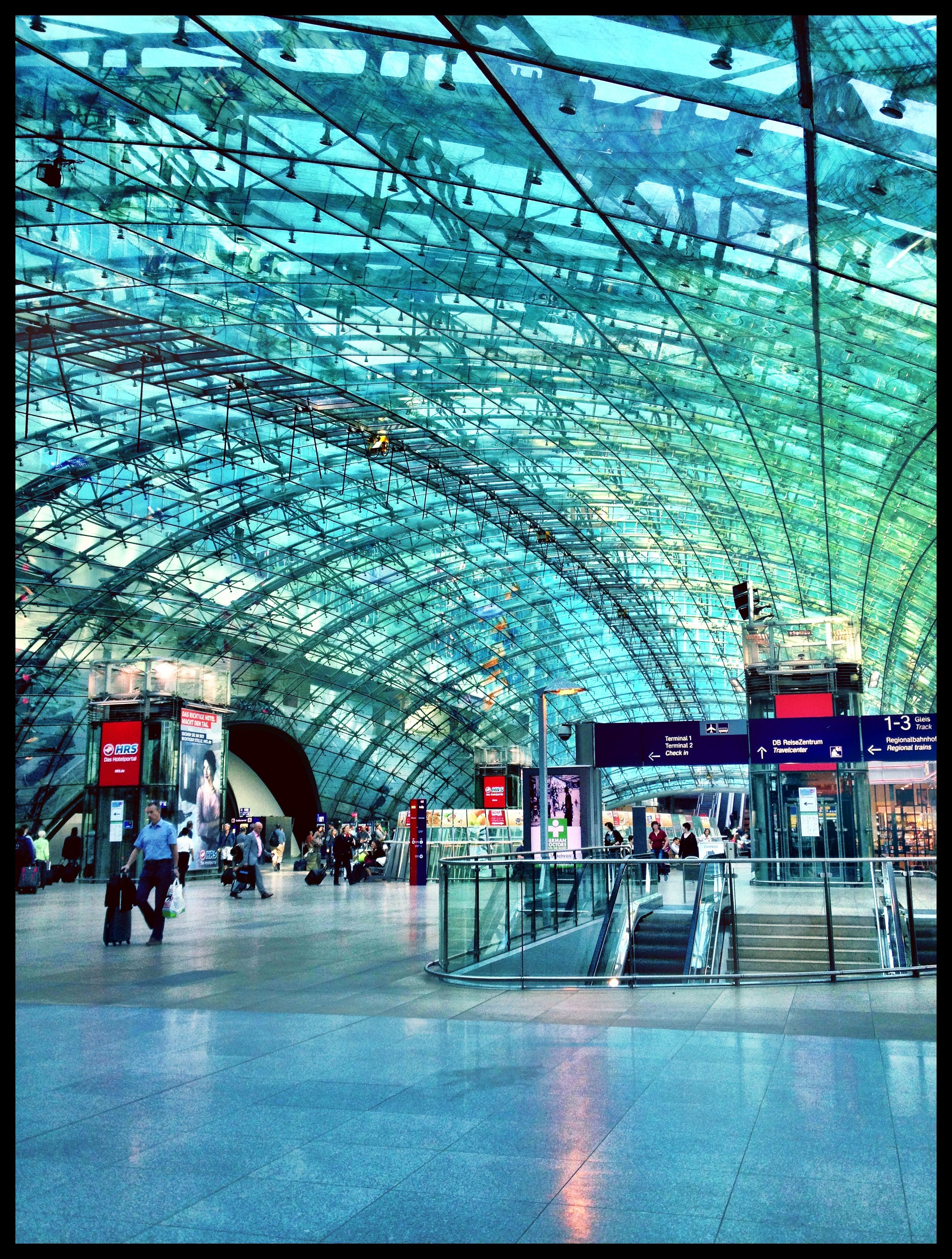 Aeropuerto Frankfurt   http://tiendacostarica.cr/camaras-digitales/
