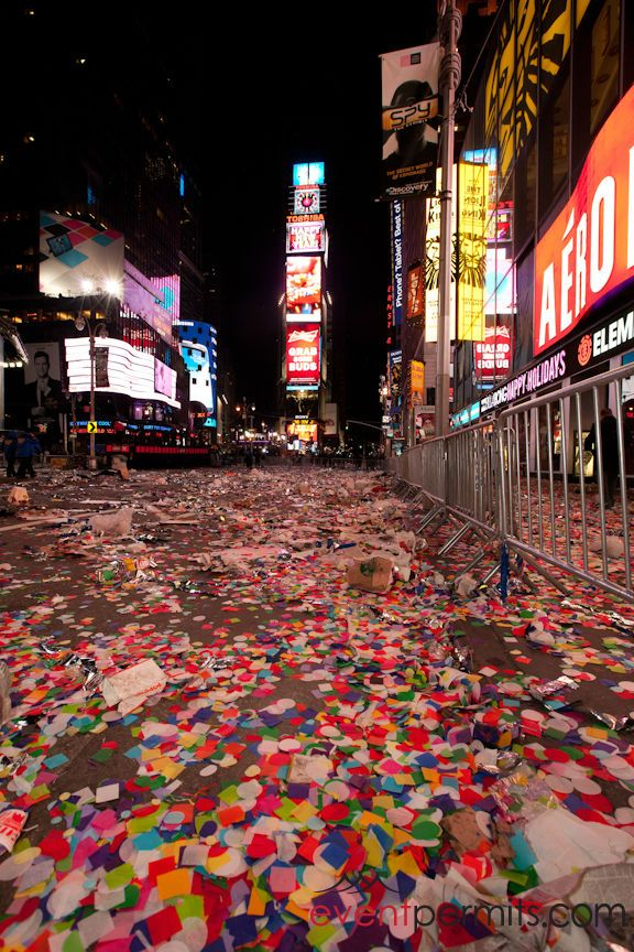 New Years Aftermath New Year S Eve Times Square Times Square