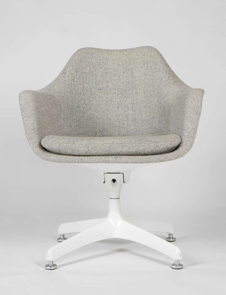 Eero Saarinen 1957 & Eero Saarinen 1957 | SEAT | Pinterest | Saarinen chair Sofa daybed ...