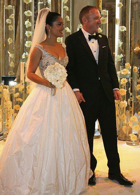 Vestidos de novia de famosas ¡Looks Fabulosos!  334df217458f