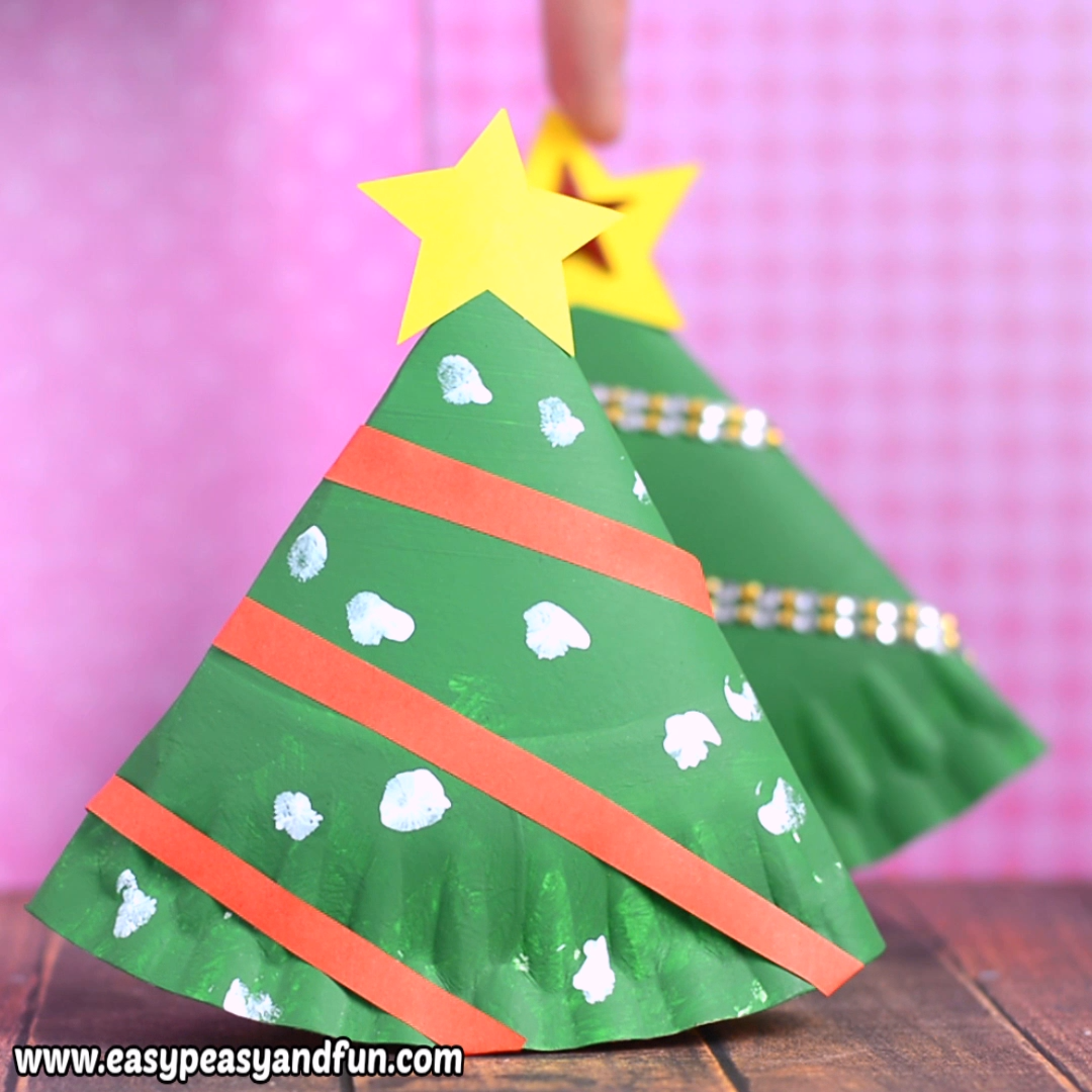 Rocking Paper Plate Christmas Tree Easy Peasy And Fun Video Video Christmas Tree Crafts Tree Crafts Preschool Christmas Crafts