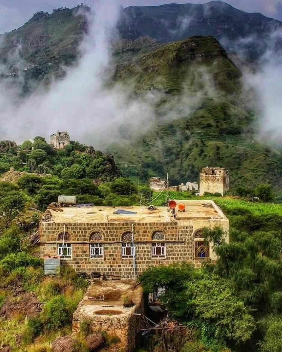 Pin By Nasmuo On Yemen Yemen Yemeni Train
