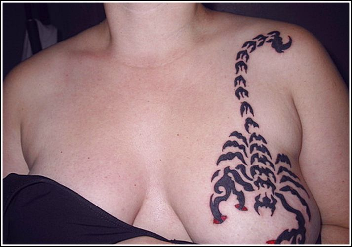 Bilderesultat for boobs tattoo