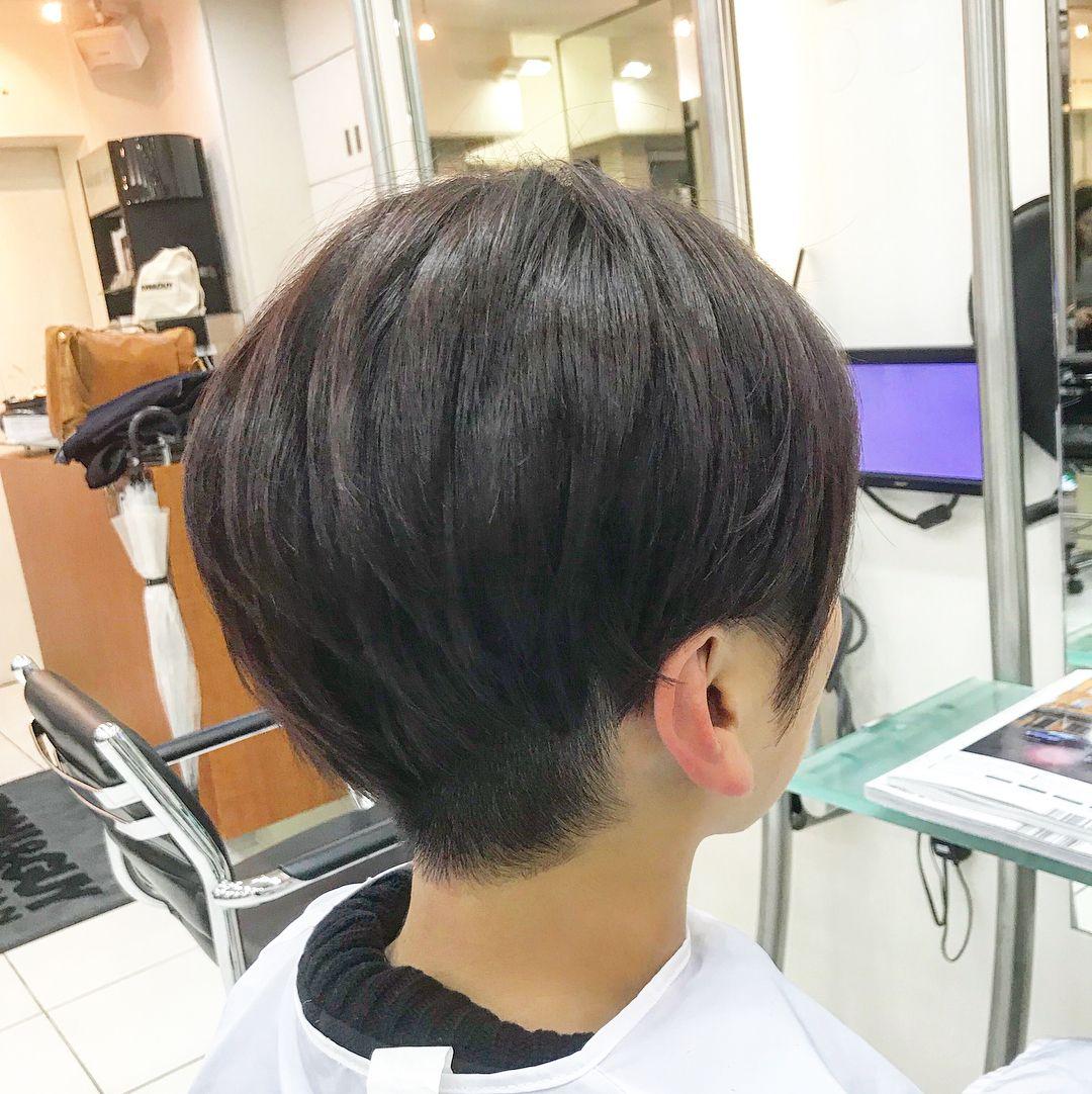 写真の説明はありません 短い髪のためのヘアスタイル 刈り上げ