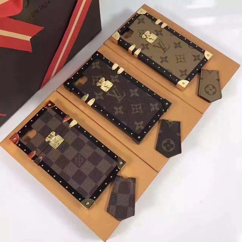 louis vuitton lv phone case luxury jewelry pinterest handy h llen h llen und kaufen. Black Bedroom Furniture Sets. Home Design Ideas
