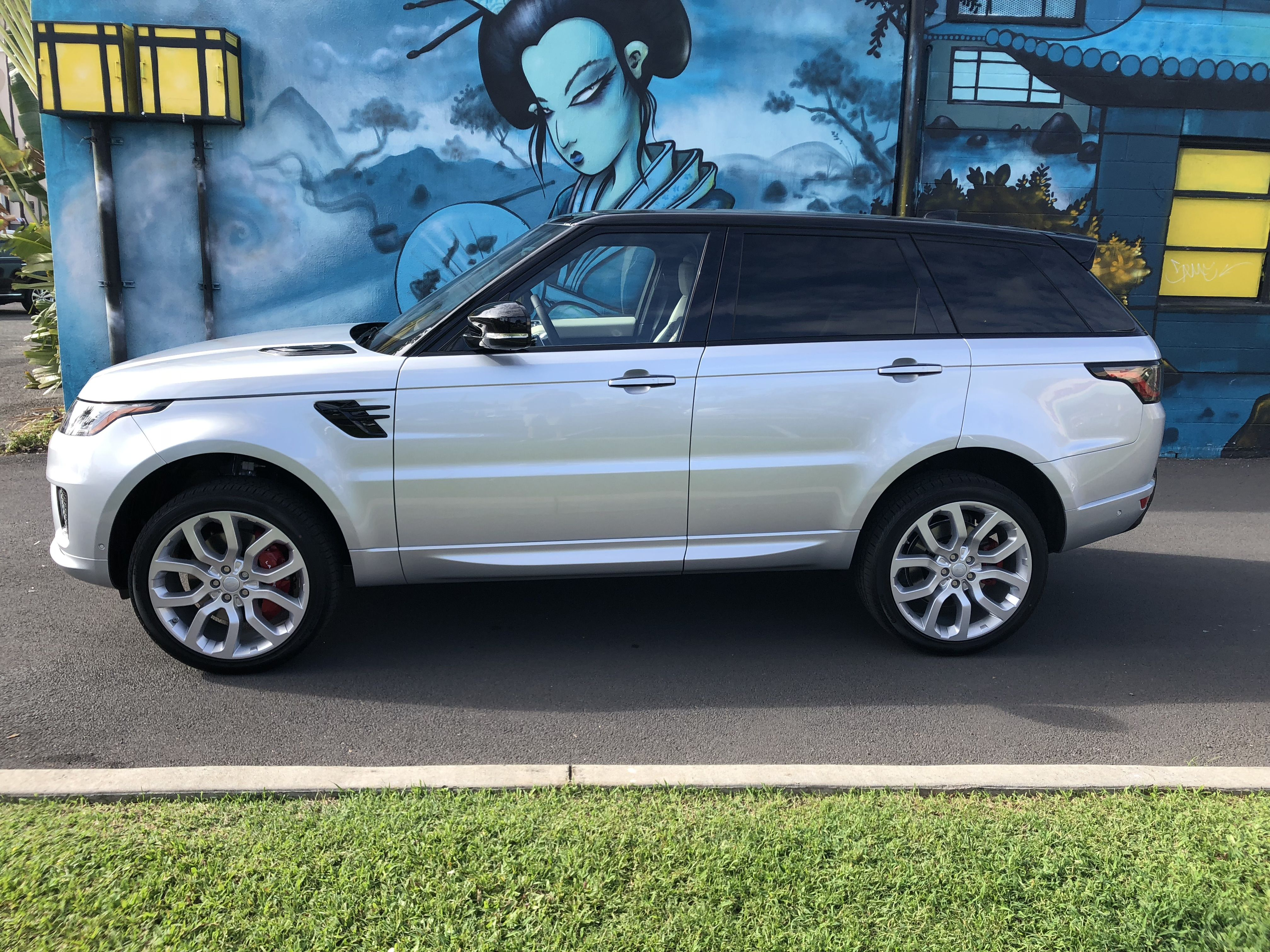2018 Range Rover Sport Dynamic Exterior Side View
