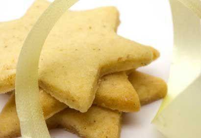 Recette Biscuits étoilés à la cassonade : Biscuits, muffins et carrés sur Coup de Pouce