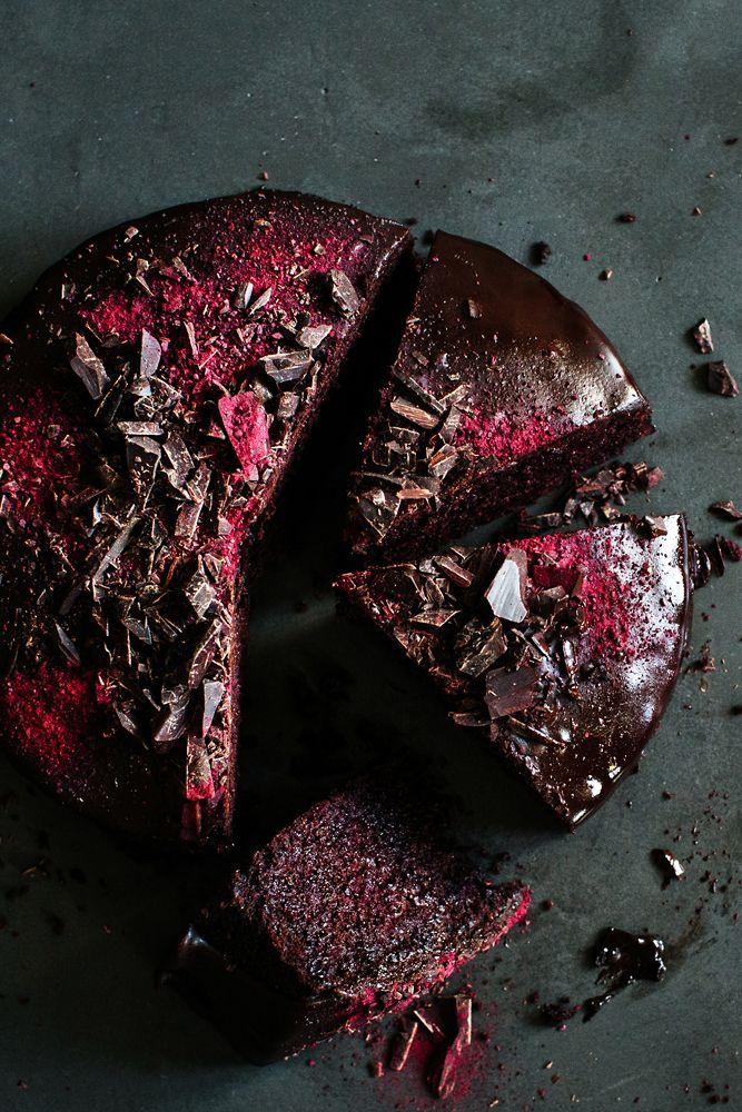 Chocolate Beetroot Cake / Rote-Beete-Schoko-Kuchen