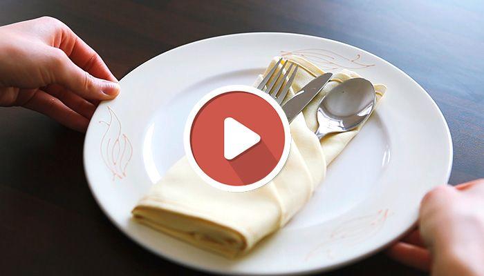 servietten falten festlich how to anleitung video schick edel besteck in die serviette legen. Black Bedroom Furniture Sets. Home Design Ideas
