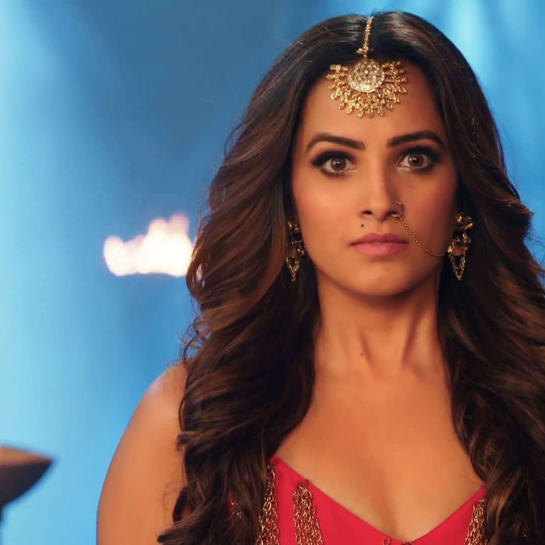 44 Likes 0 Comments Laboni Chowdhury Naagin4 Colors Tv On Instagram Vishakha Most Beautiful Indian Actress Beautiful Indian Actress Indian Tv Actress
