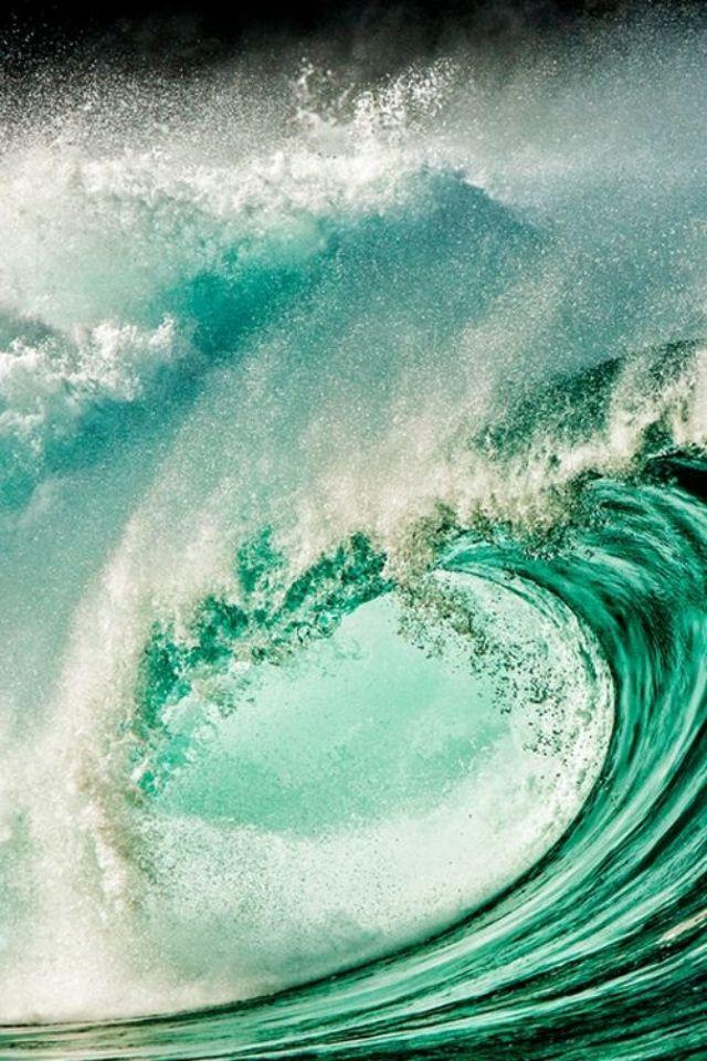 Aqua waves crashing ✿⊱╮ | ♔ Aqua ♔ in 2019 | Water waves, Waves