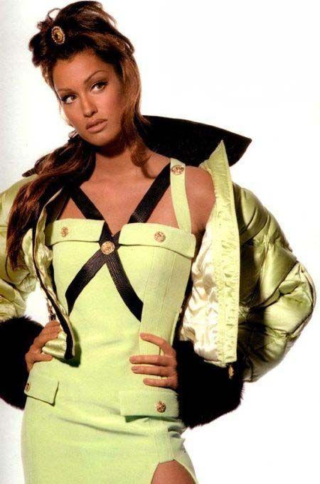 Yasmeen in Gianni Versace.