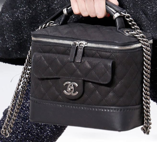 CHANEL FALL-WINTER 2013/14 - DETAILS