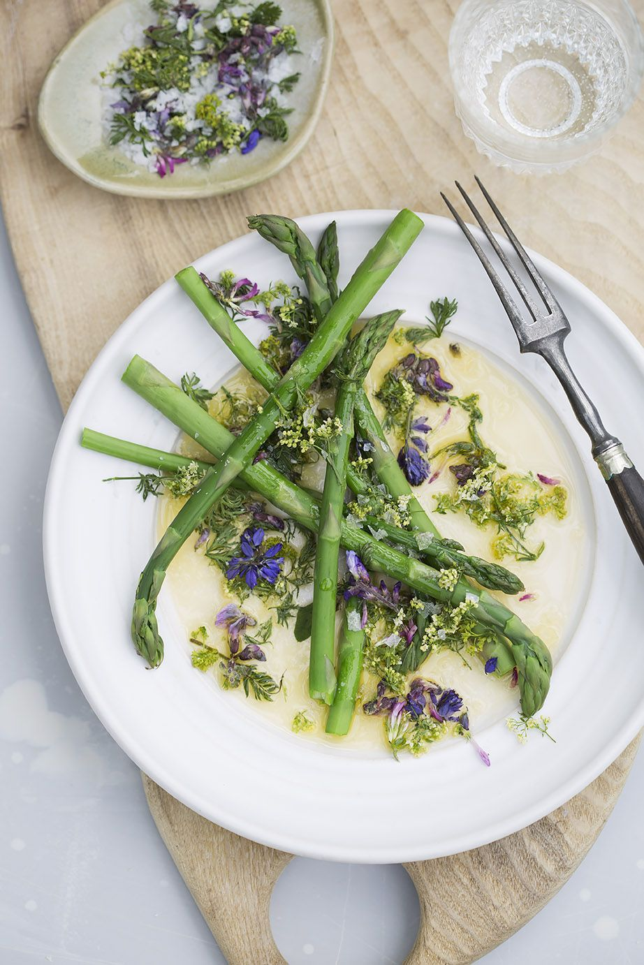 Follow me shooting wild food created by lisen sundgren herbalist follow me shooting wild food created by lisen sundgren herbalist author food stylist and recipe developer plated on ceramics made by the ceramic artist forumfinder Choice Image