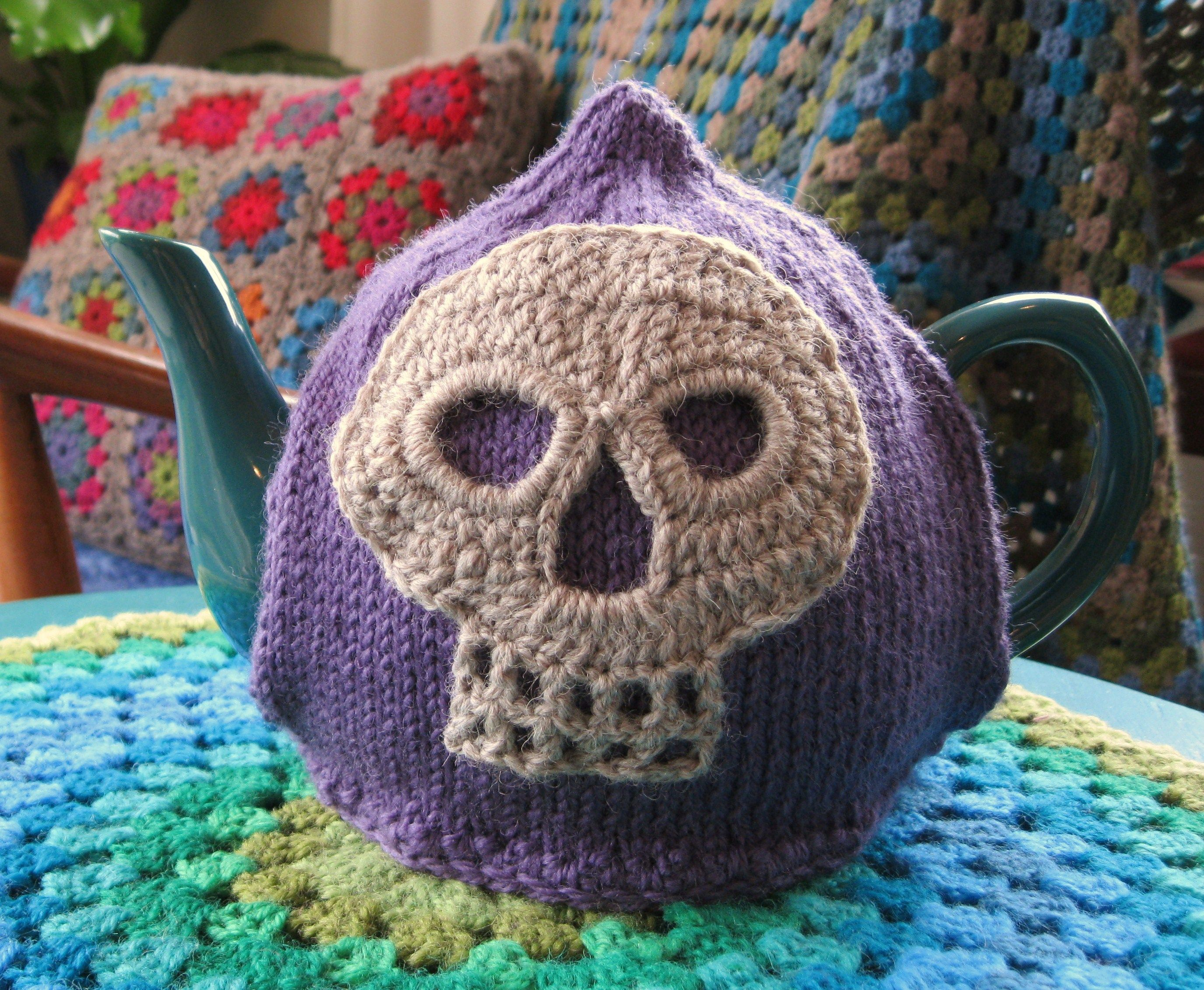 DIY Skull Tea Cozy   Things I will try to make   Pinterest   Tea ...