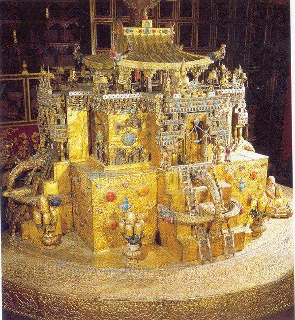 Гухьясамаджа-Мандала Ма́ндала — сакральное схематическое изображение либо  конструкция, используемая в буддийских и индуистских религиозн… | Тибет,  Будда, Мандала