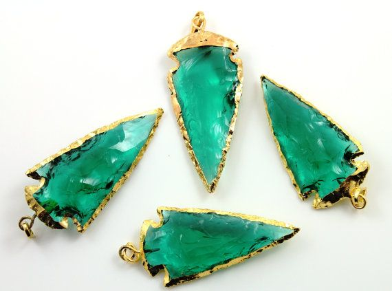 Green  Quartz  Large Arrow Head / Triangle Gold by Beadspoint