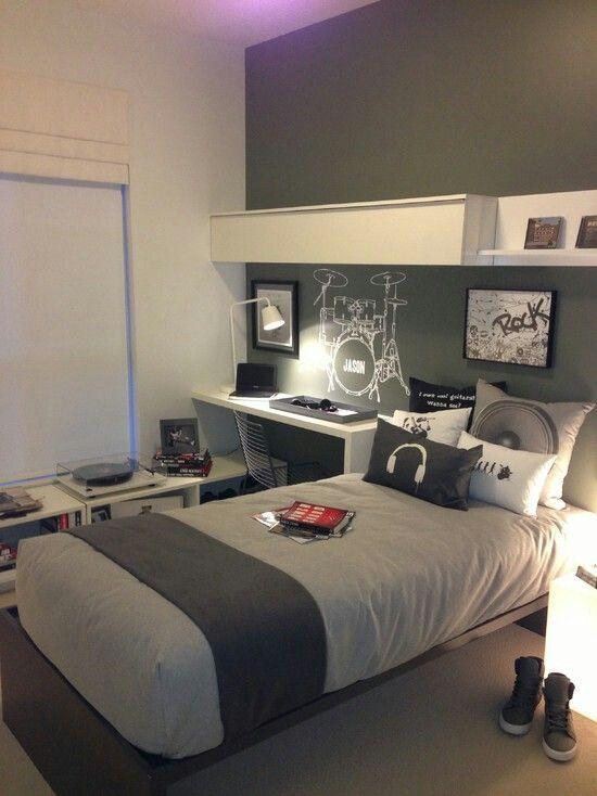 Teen Boys Room. Gray And White. Jugendzimmer. Zimmer Für Einen Jungen. Grau