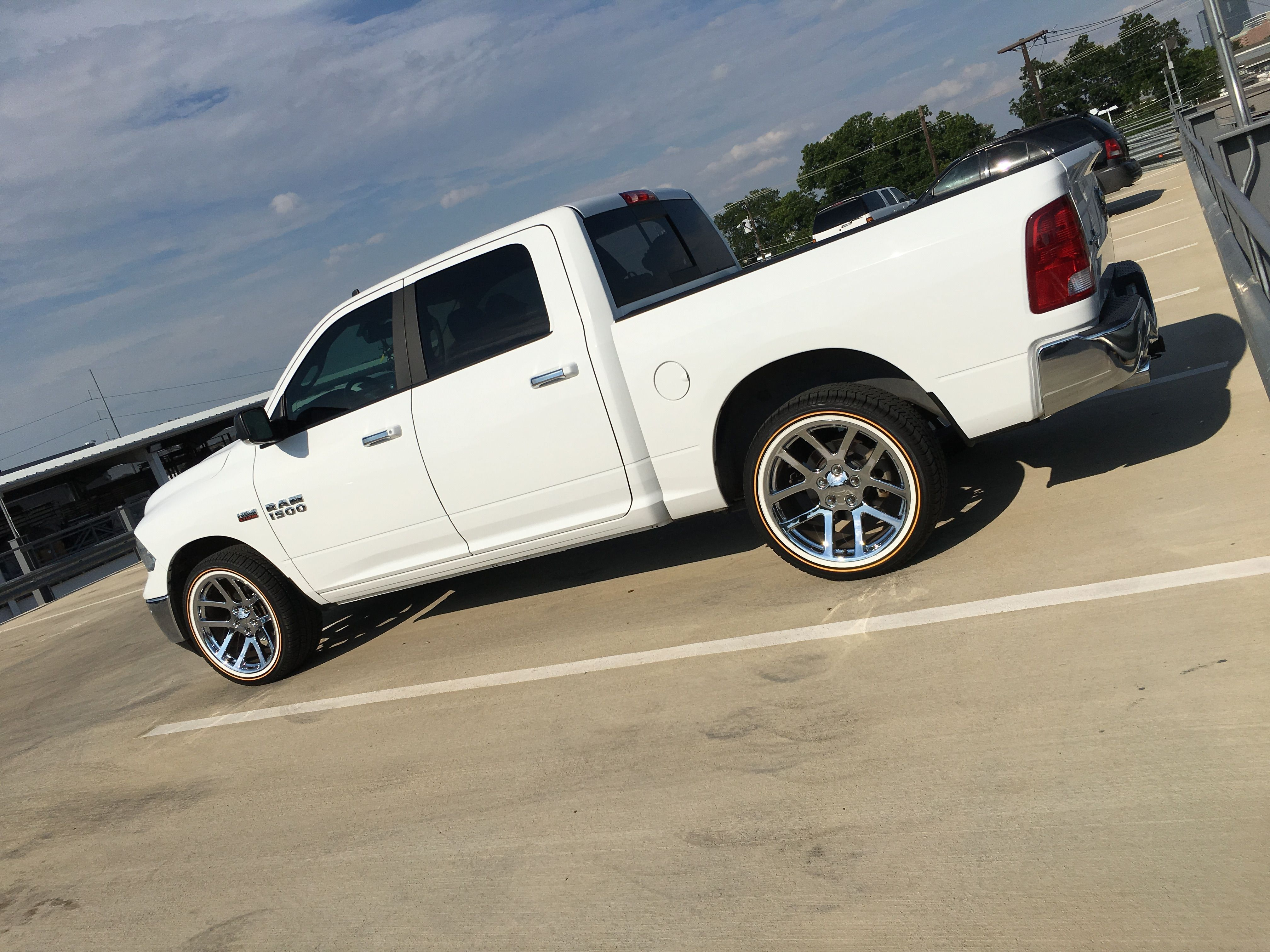 2016 Dodge Ram 1500 On 22inch Vogue Tyres Making Other Trucks