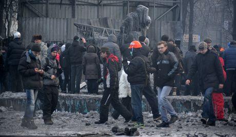 Убијен судија који је демонстрантима одредио кућни притвор - http://www.vaseljenska.com/vesti-dana/ubijen-sudija-koji-je-demonstrantima-odredio-kucni-pritvor/