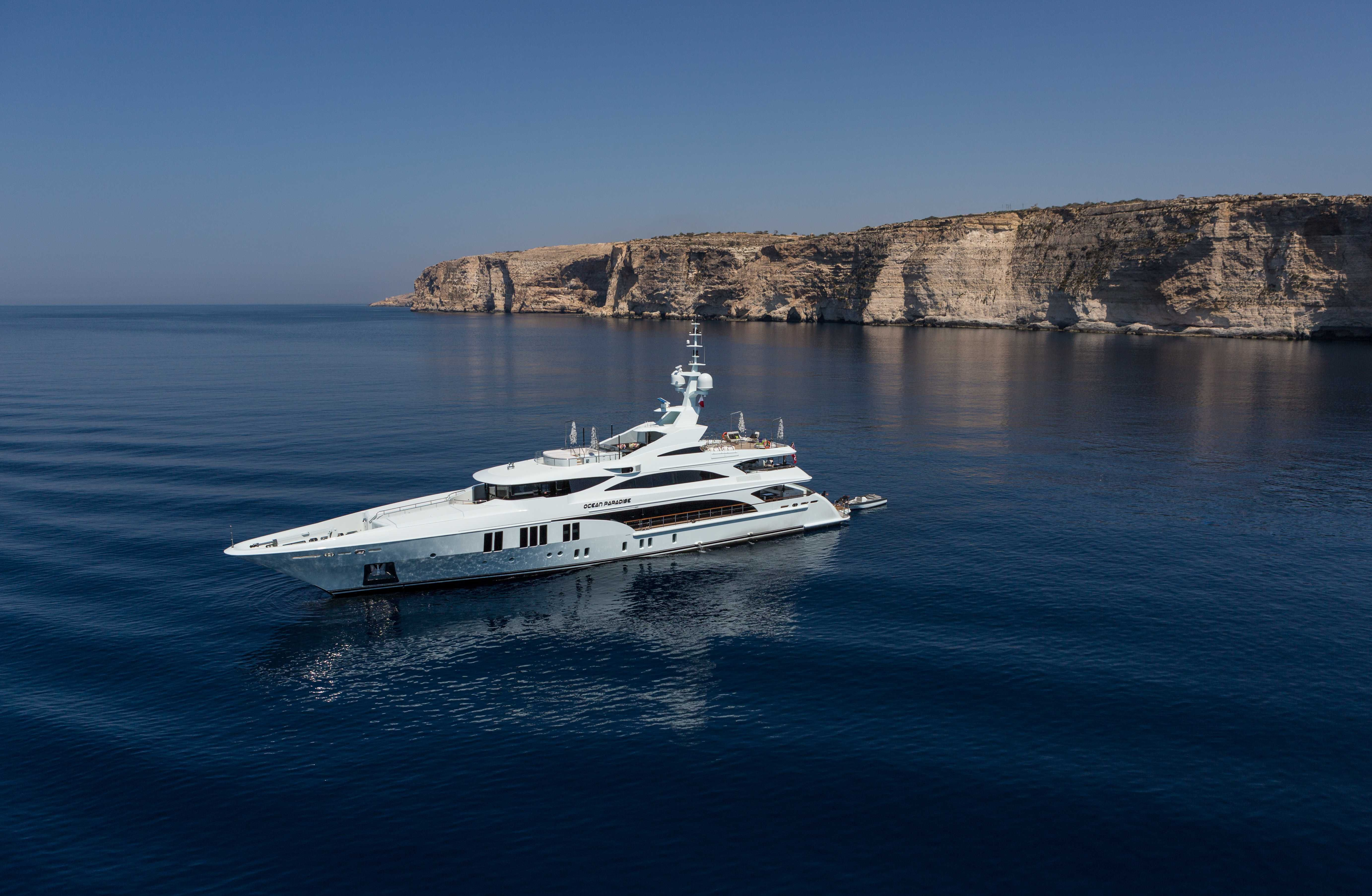 Ocean Paradise Find out more at www.benettiyachts.it/it/node/94