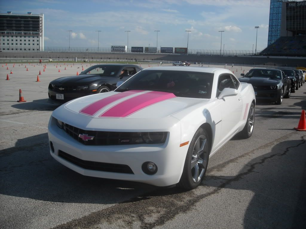 Pink Camaro for Sale 2011 | 2011 White Camaro w Pink Stripes & Layouts